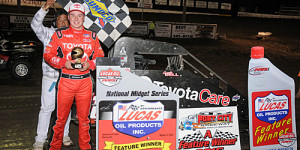 Bell Rallies from Tenth to Win POWRi Opener