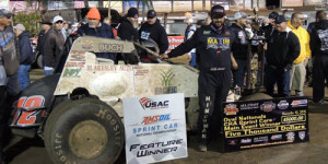 Ballou Opens Ovals Title Defense in Victory Lane