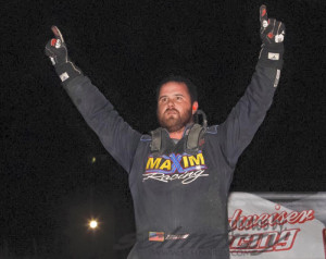 Ballou & Grant Snare Western World Opening Night Wins
