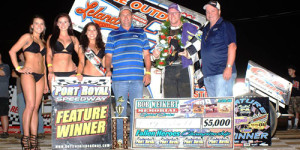 Hodnett Opens Weikert Memorial in Victory Lane