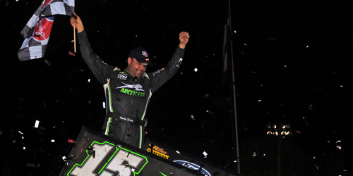 Schatz Flies in East Texas Lone Star Showdown