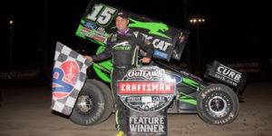 Schatz Thunders to Late Win