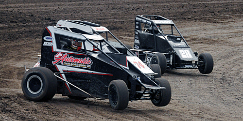 Vortex Theory Falls Flat in Midget Roundup Opener at Garden City