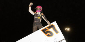 Larson Strikes for Another Ohio Sprintweek Score