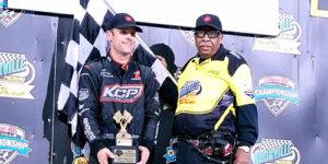 Ian Fights off Kerry for Knoxville Honors
