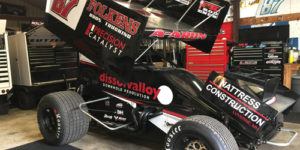 Reutzel Debuts New Team with Outlaws in Sin City
