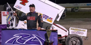 Danny Smith Keeps on Winning – Tops USCS Opener