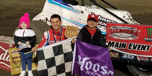 Chase Johnson Breaks out the Bakersfield Broom in USAC West Coast Sprint Action