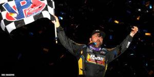 Schatz Breaks the Bank at Vegas with Last Lap Win