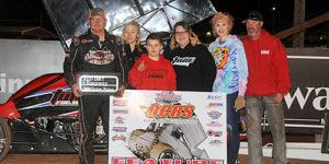 Wayne Johnson Wins a Wild One at Red Dirt Raceway