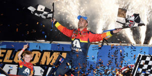 Gravel Banks $150K with Knoxville Nationals Triumph!