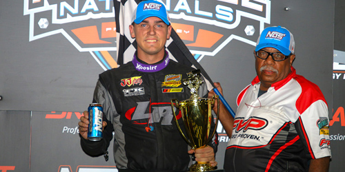 Starks Strikes in Knoxville Nationals Opener!