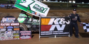 Mark Smith Hangs another USCS Win at Hattiesburg
