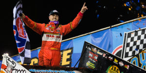Gravel Triumphant in Outlaw Return to Racing